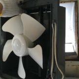 キッチンの古いレンジフードと換気扇をDIYで取り外す方法