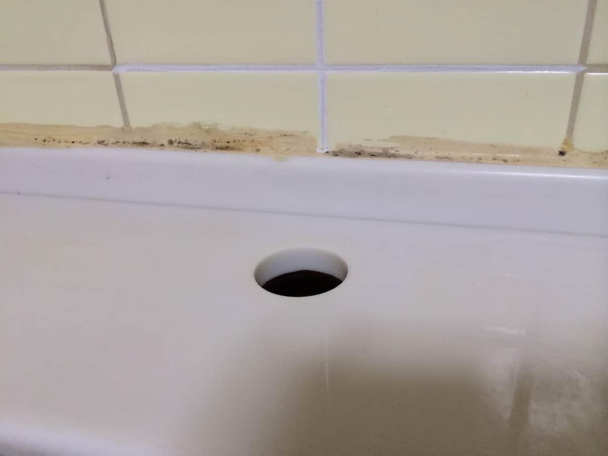 シングルワンホール混合栓の取り付け穴