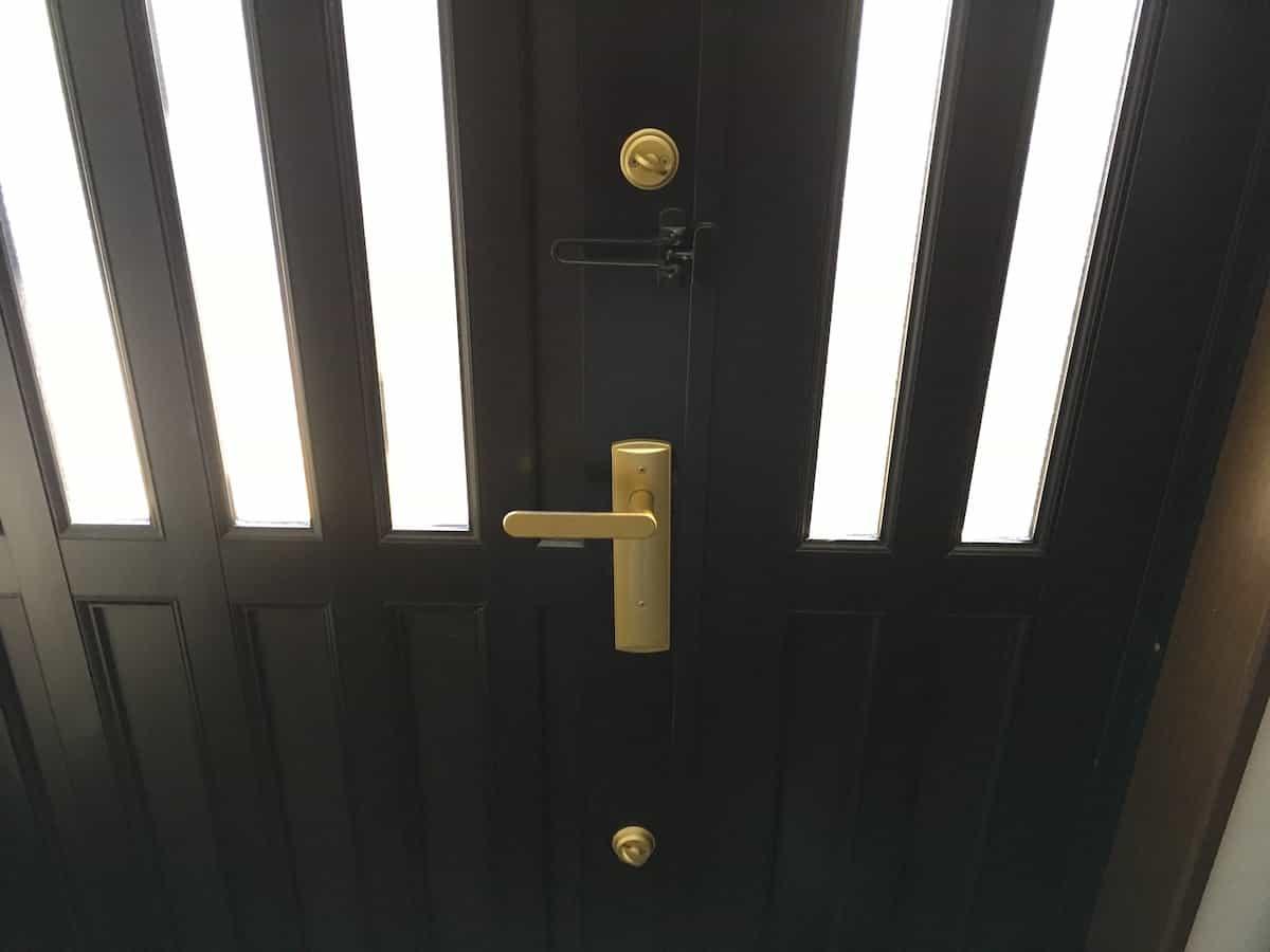 自分で交換予定の玄関扉の鍵シリンダー