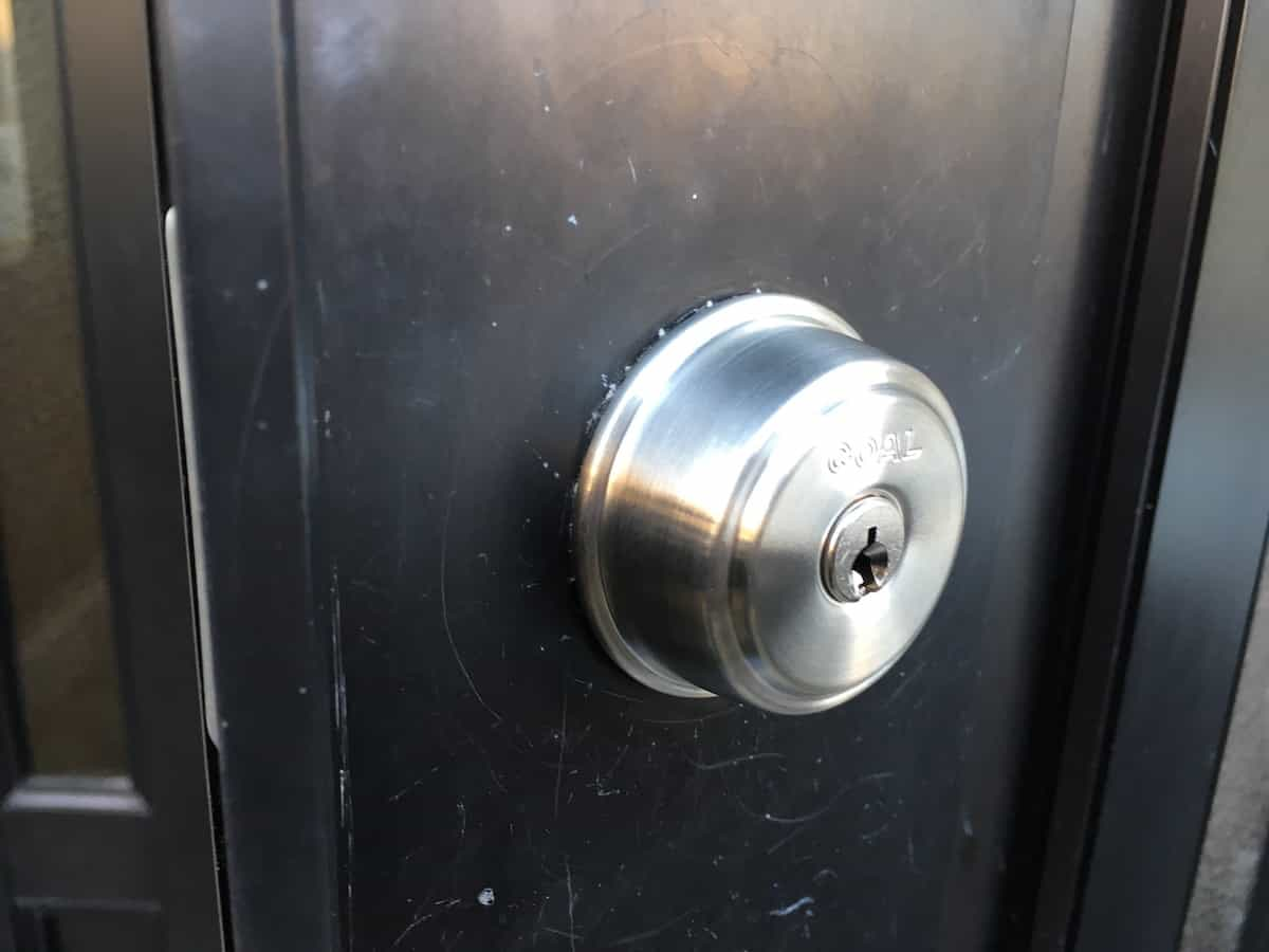 新しく取り付けた鍵シリンダー「GOAL AD」の外側の様子