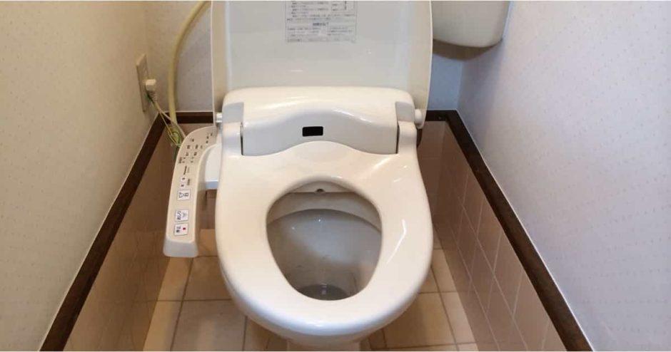 トイレの温水洗浄便座(ウォシュレット)を自分で取り付ける方法|交換費用・設置手順・必要工具まとめ