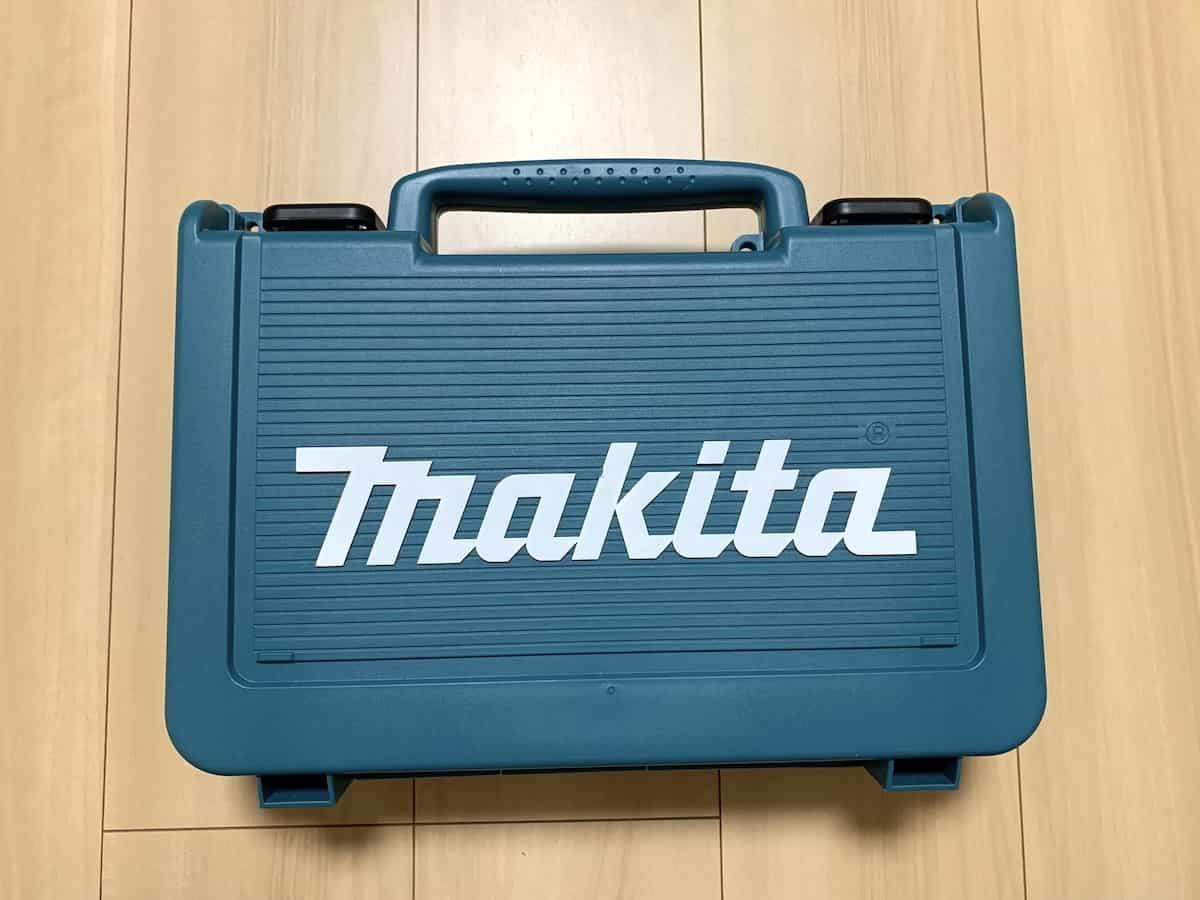 マキタの10.8V震動ドライバドリルHP330D(振動ドライバー)の外箱(ハードケース)