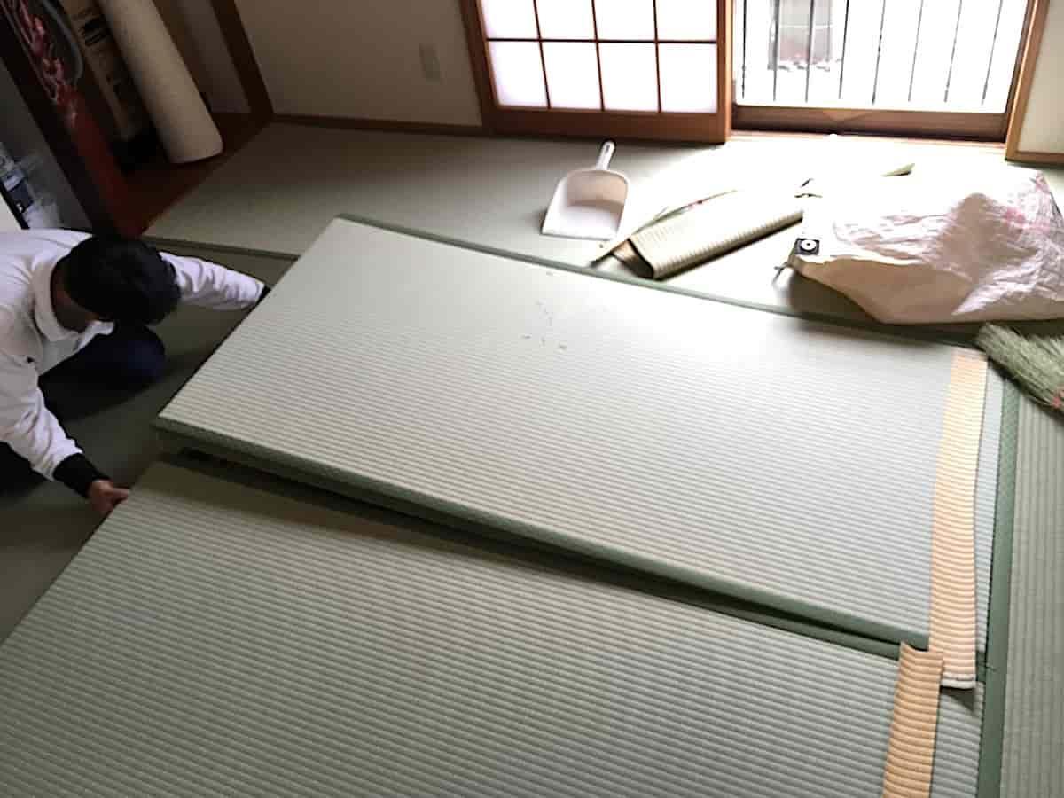 三条たたみさんによる畳の表替え納入の様子